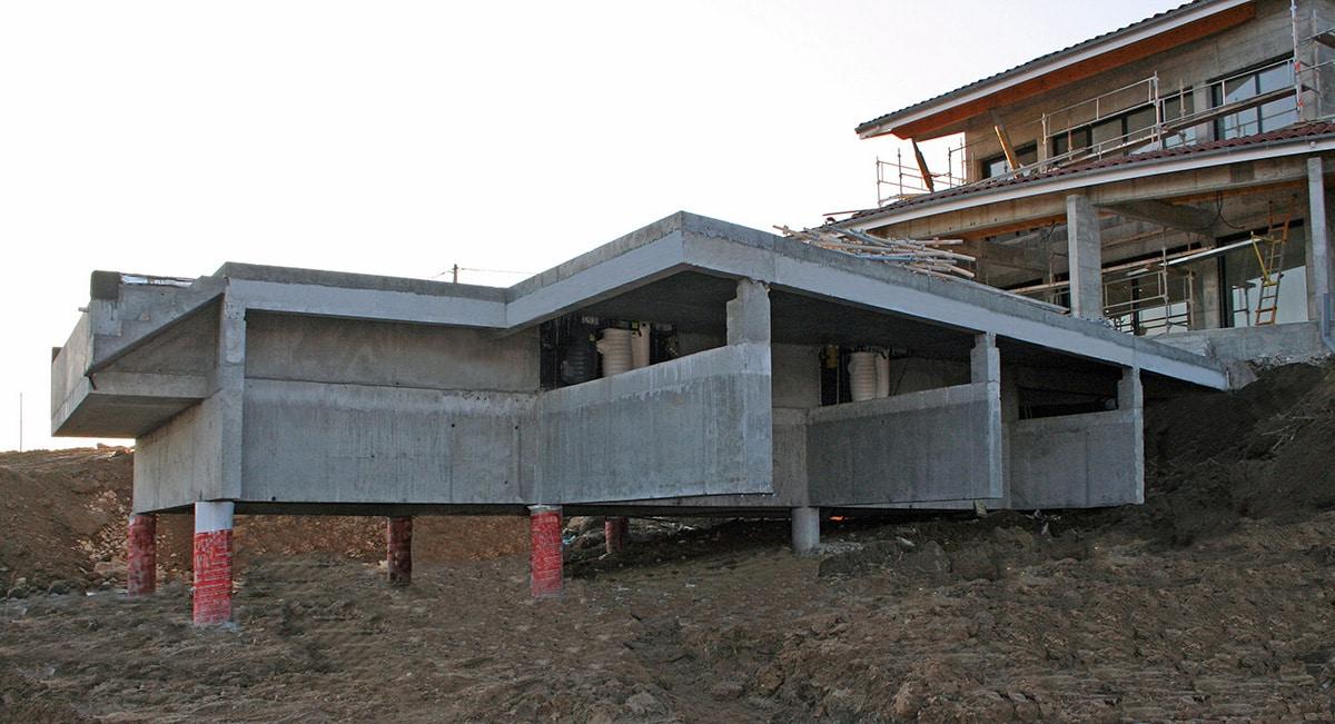 R alisation d 39 une piscine sur pieux st cyr 07 for Taxe construction piscine 2016