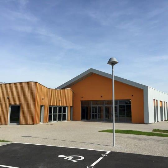 https://www.oliveira-sa.com/wp-content/uploads/2016/03/construction-salle-multi-activites-peaugres-oliveira-sa-4-540x540.jpg