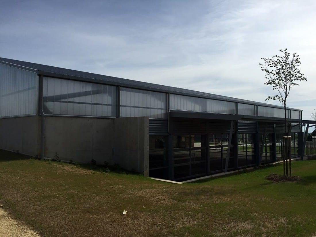 https://www.oliveira-sa.com/wp-content/uploads/2016/03/construction-salle-multi-activites-peaugres-oliveira-sa-5-e1457944262562.jpg