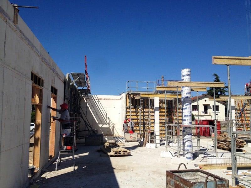 https://www.oliveira-sa.com/wp-content/uploads/2016/03/realisation-construction-pole-emploi-roussillon-oliveira-15-e1457898384869.jpg