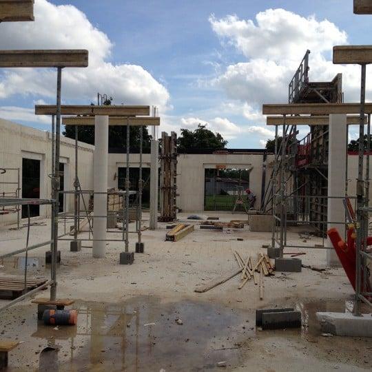 https://www.oliveira-sa.com/wp-content/uploads/2016/03/realisation-construction-pole-emploi-roussillon-oliveira-20-540x540.jpg