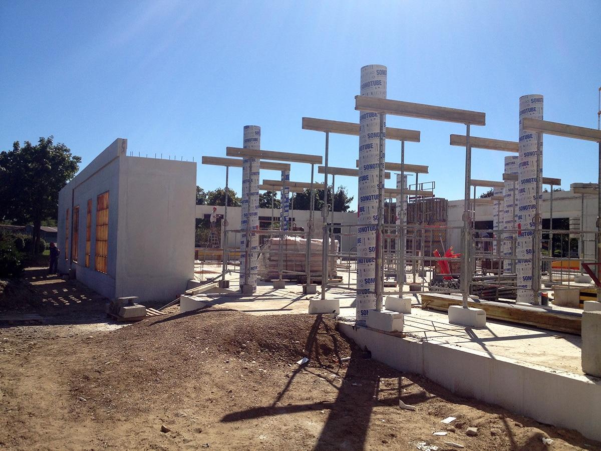 https://www.oliveira-sa.com/wp-content/uploads/2016/03/realisation-construction-pole-emploi-roussillon-oliveira-4.jpg